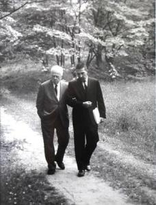 Robert Frost and Stewart Udall in Dumbarton Oaks Park.